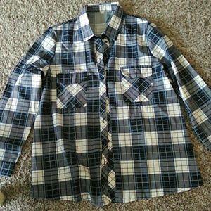 Tops - Bottom down long sleeve shirt